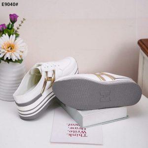 sepatu wanita terbaru warna putih 2020 E9040SV