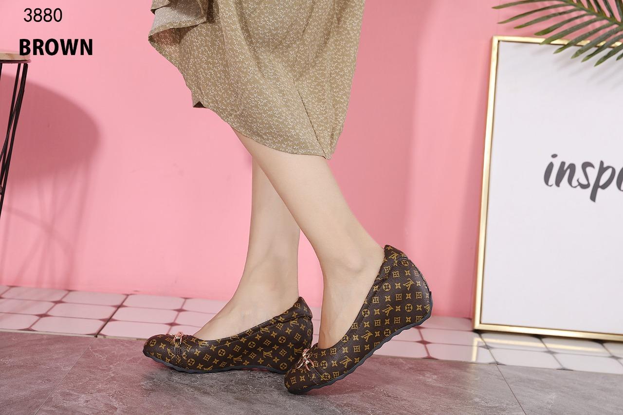 sepatu wanita branded batam LOUIS VUITTON SHOES 3880A1