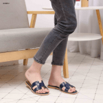 SANDAL WANITA BRANDED TERBARU Leather Flat Z618051 Semi Premium