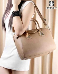 Tas Givenchy Antigona Kenya Grained Hardware Gold 2/9982/JW/8 Semi Ori