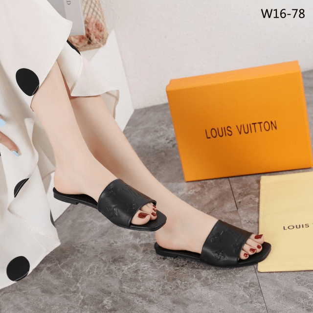 MODEL SANDAL WANITA SANTAI 2021,Sandal Louis Vuitton LV Empreinte Flats Sandals Packing Premium W16-78 Semi Premium Kode SLV325 WHITE