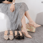 Sandal wanita kekinian terbaru 2021 Dior Dotted Swiss Slingback Heels 158-7 Semi Premium (Kode: SCD172