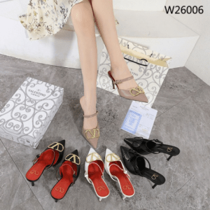 Sepatu Sandal Wanita kekinian Sepatu Valentino Garavani V Logo Heels W26006 Semi Ori Kode SFA1321