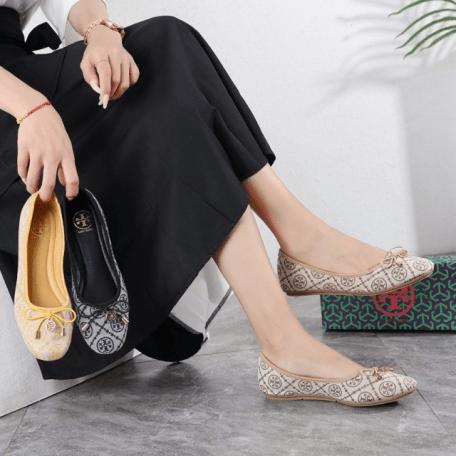 Sepatu wanita kekinian 2021 shopee,Sepatu Tory Burch T Monogram Ballet Flat 70680-4 Semi Premium Kode STB260 2