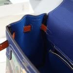 Tas Hermes Kelly Bag New Motif In Togo Leather 8810A Platinum Kode HER632 380rb