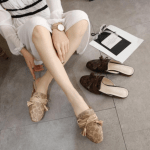 MODEL SEPATU UNTUK JALAN-JALAN,Sepatu Coach Stassi Mules Signature Stud Flat Slide Slip Women's E9089 Semi Premium Kode SCO020