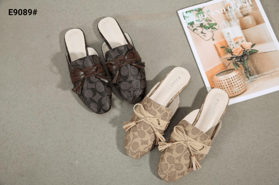 MODEL SEPATU UNTUK JALAN-JALAN,Sepatu Coach Stassi Mules Signature Stud Flat Slide Slip Women's E9089 Semi Premium Kode SCO020 3